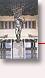 I Palæets vandrehal - Skulpturen »L'âge d'Airain« af den franske kunstner Auguste Rodin - I baggrunden ses »Areopag«, træsnit af den tyske kunstner HAP Grieshaber